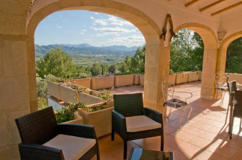 Fantastic open countryside views from your own private terrace - Javea, Villa Les Oliviers, large pool, great views - Javea - rentals
