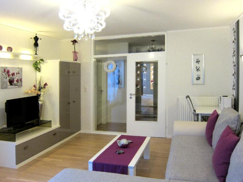 Vacation Apartment in Bremen - 431 sqft, comfortable, central, bright (# 5587) #5587 - Vacation Apartment in Bremen - 431 sqft, comfortable, central, bright (# 5587) - Bremen - rentals