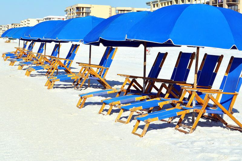 """'Surf Dweller Unit 212"""" Gulf Front! Large Unit with direct gulf views!! - Image 1 - Fort Walton Beach - rentals"""