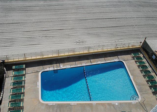 Sunny Cheerful Oceanfront Property@Brigadune-Shore Drive Myrtle Beach SC #8E - Image 1 - Myrtle Beach - rentals