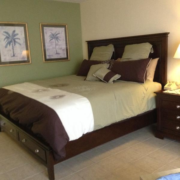 King Size Bed - Stylish  Ocean View  Condo  Daytona  Beach - Daytona Beach - rentals