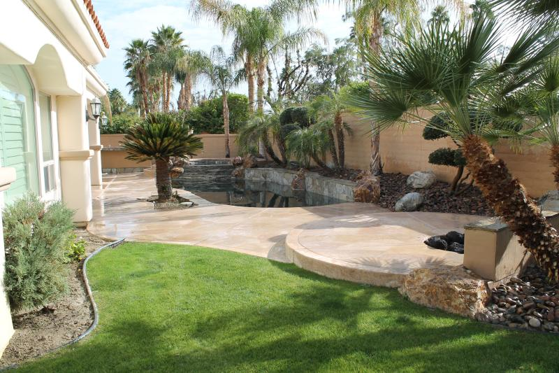 Back yard / Fire pit - Luxury & private  Pool & Spa w  Southern Exposure..!  Great location. - Rancho Mirage - rentals