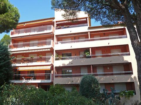 Les Pins Ensoleilles ~ RA28886 - Image 1 - Saint-Maxime - rentals