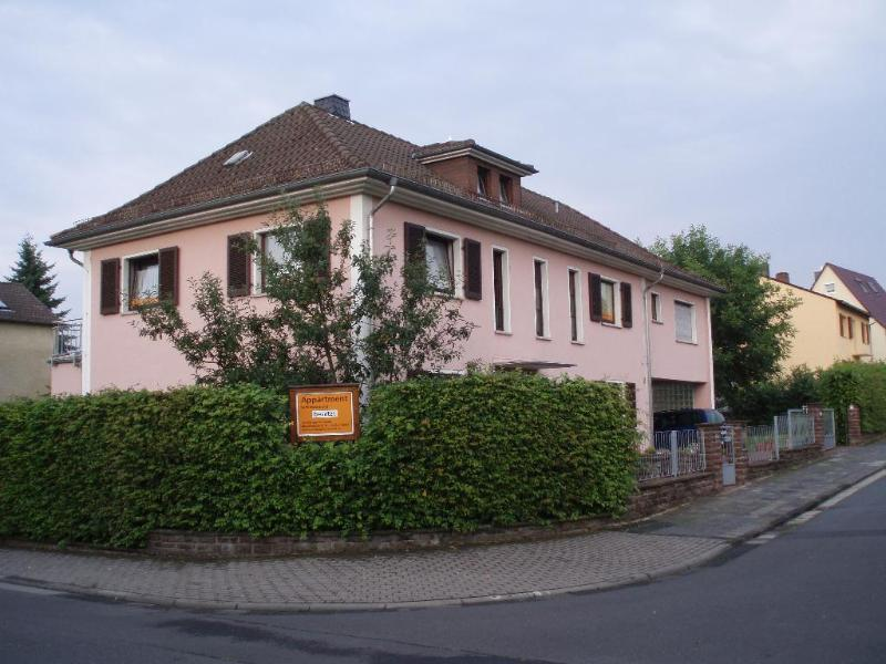 Vacation Apartment in Butzbach - 10107820 sqft, bright, modernly furnished (# 1184) #1184 - Vacation Apartment in Butzbach - 10107820 sqft, bright, modernly furnished (# 1184) - Butzbach - rentals