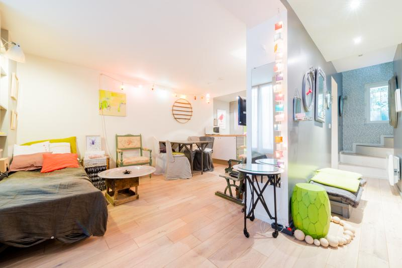Passage des Cloys Vacation Rental in Montmartre - Image 1 - Paris - rentals