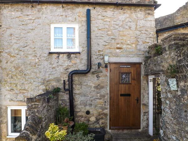 ROSE COTTAGE, stone-built, Grade II listed, woodburner, garden, romantic retreat, in Richmond, Ref 917319 - Image 1 - Richmond - rentals