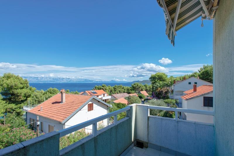 Apartments Marija - 35741-A4 - Image 1 - Jelsa - rentals