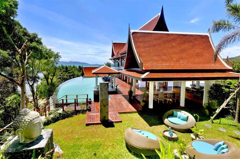 Beachfront - MR02 - Image 1 - World - rentals