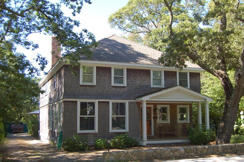 ANGEV - Beautiful Vineyard Home, Walk to Town, AC, Wifi - Image 1 - Vineyard Haven - rentals