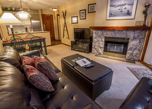 Living Area - Aspens #116, Newly Updated 1 Bdrm, Ski-in, Ski-out, Free Wifi, BBQ - Whistler - rentals