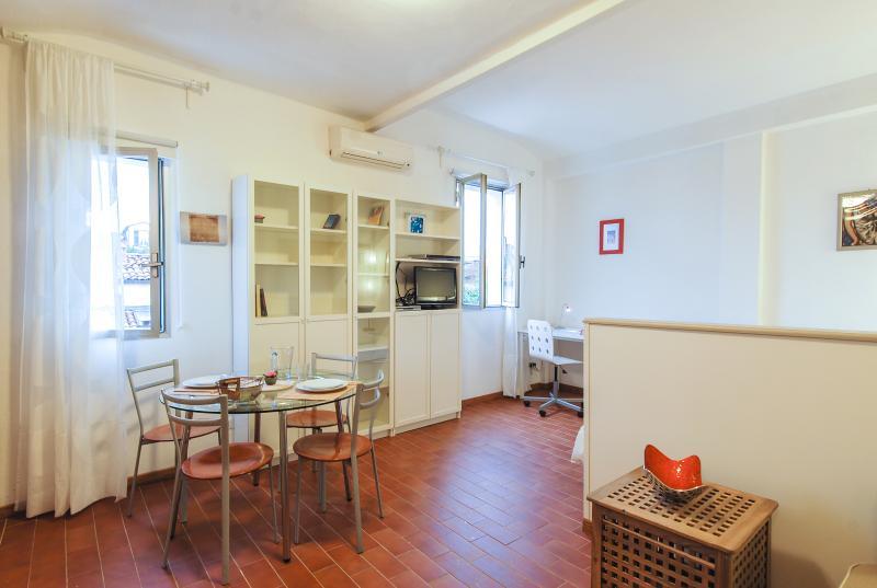Fondazza B - 2404 - Bologna - Image 1 - Bologna - rentals