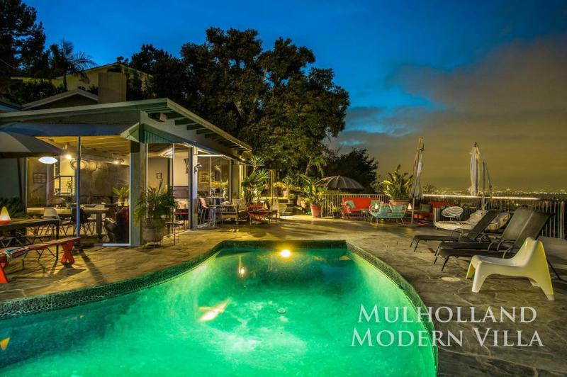 Mulholland Modern Villa - Image 1 - Los Angeles - rentals