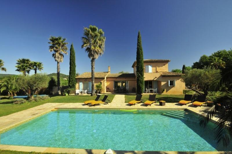 St Tropez 6 Bedroom Villa on a Vineyard, with a Heated Pool - Image 1 - Ramatuelle - rentals