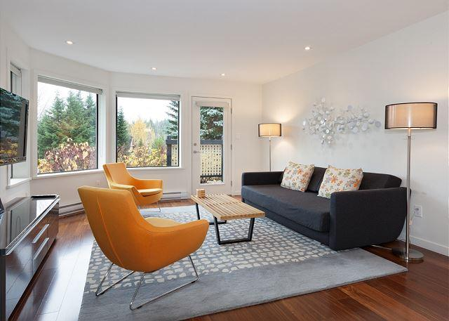 Contemporary Living Room with Flat Screen TV, Scenic Views - Wintergreen 34 | Contemporary Condo in Upper Village, Free Village Shuttle - Whistler - rentals