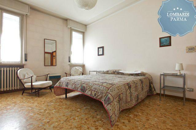 Camera - Room in an apartment close to city center/Hospital - Parma - rentals