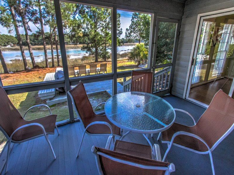 4 Lands End Court - Image 1 - Sea Pines - rentals