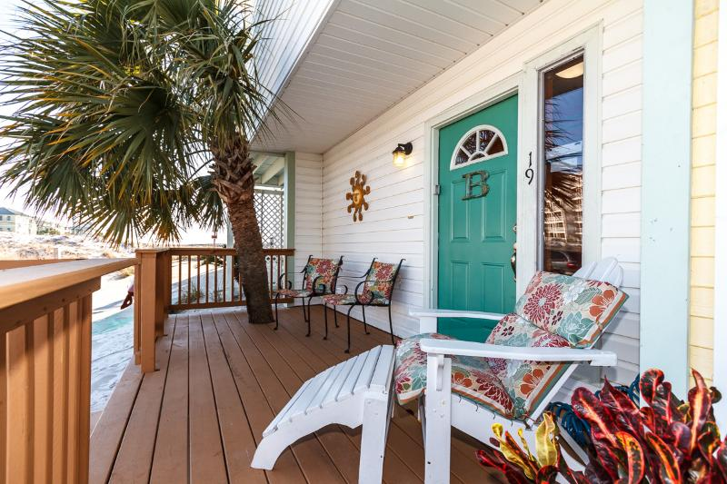 """19 GulfBreeze Court"" Townhome close to the Jetties, Snorkel and Fishing Paradise!! - Image 1 - Destin - rentals"