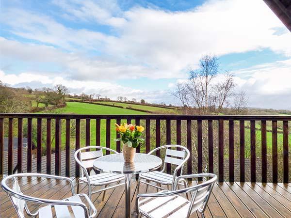 MEADOW VIEW, on-site facilities, en-suite, child-friendly cottage near Gunnislake, Ref. 917976 - Image 1 - Gunnislake - rentals