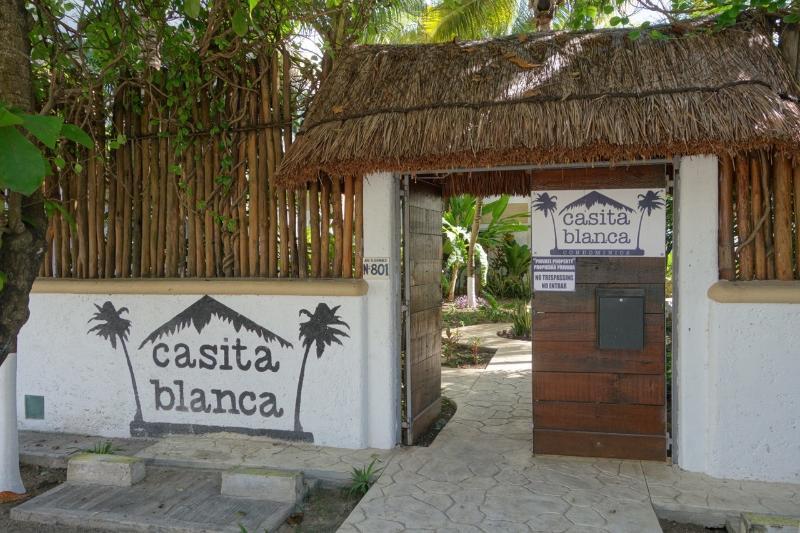Entrance to Condominios Casita Blanca - Beach front condo in Puerto Morelos - Puerto Morelos - rentals