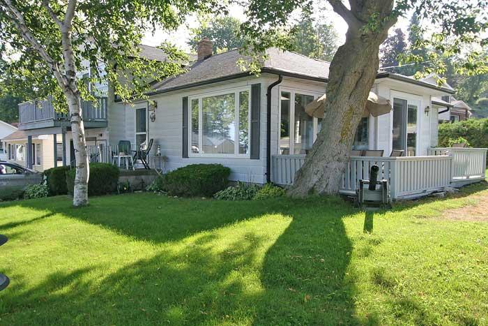 The Lighthouse cottage (#158) - Image 1 - Kincardine - rentals