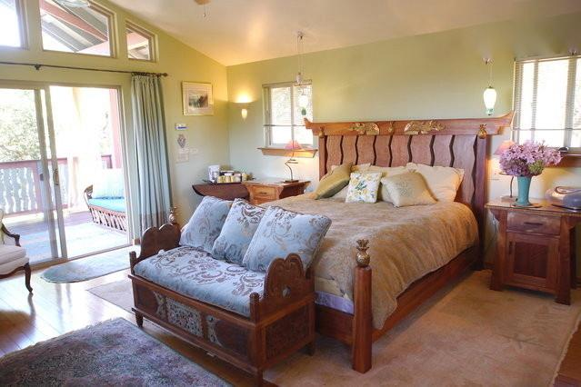 King Suite Upstairs with Private Outdoor Staircase Entrance - Star West Ranch & Retreats - Sonoma - rentals