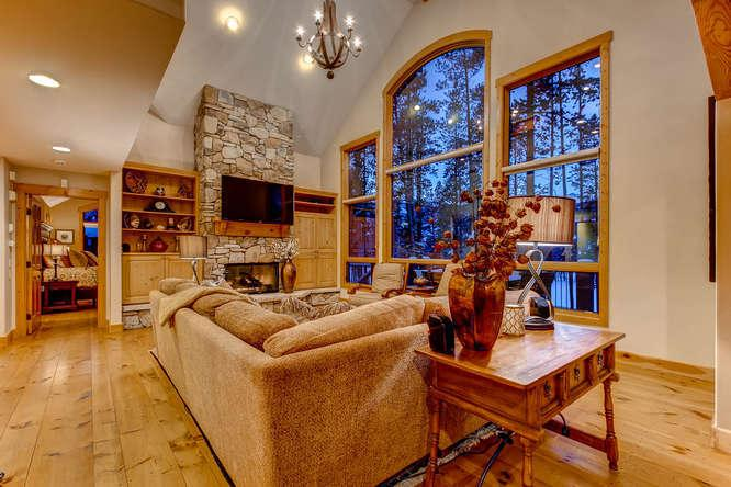 Fairview Lodge - On golf course, hot tub - Image 1 - Breckenridge - rentals