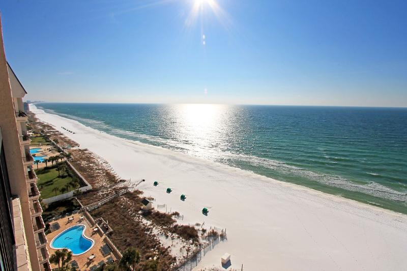 SunDestin 1703 - 15% OFF Stays 4/11-5/15! Gulf Front in heart of Destin ! Book Online! - Image 1 - Destin - rentals