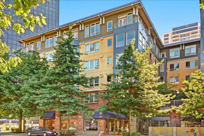 Stay Alfred Between Pike Place & Space Needle SH2 - Image 1 - Seattle - rentals