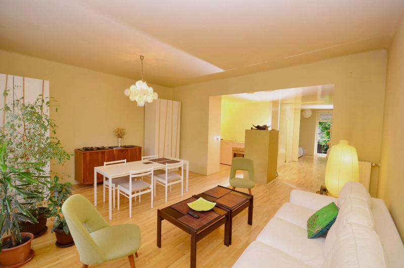 Living room with dining - Design downtown loft - Zagreb - rentals