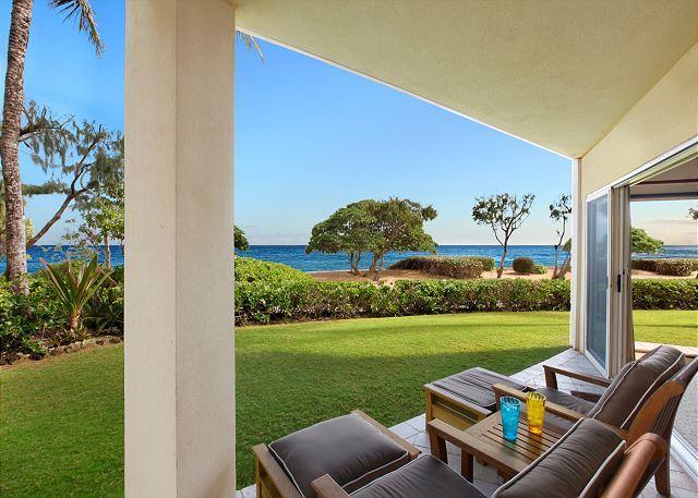 King Waipouli!** BEACH FRONT Large Yard, large floor plan CALL NOW - Image 1 - Kapaa - rentals