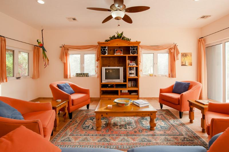 Comfortable living room - Casa Perfect for Families & Small Groups - B1 - Cozumel - rentals