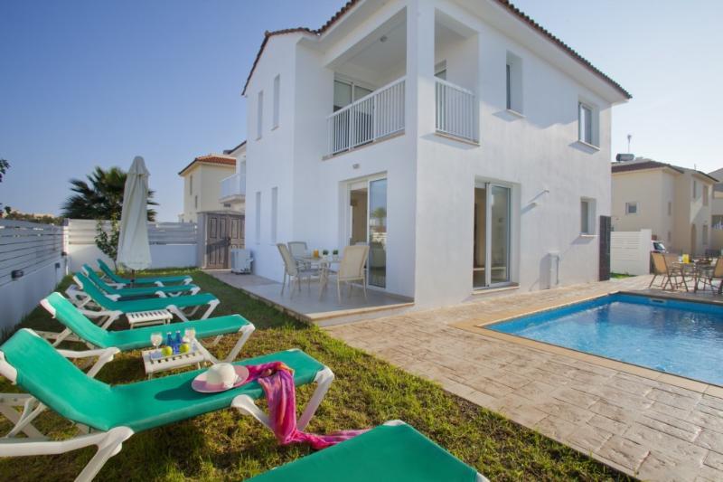 PD38 Villa Dorothy - Image 1 - Protaras - rentals