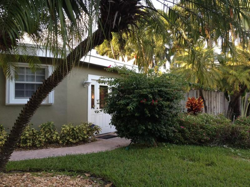 Home - Casa Del Mare,  Hollywood Beach/Downtown,Florida - Hollywood - rentals