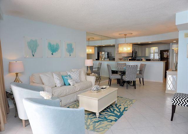 Hollywood Glitz Decor - Giving a 20% discount for a week during Spring Break. 12th floor condo! - Sandestin - rentals