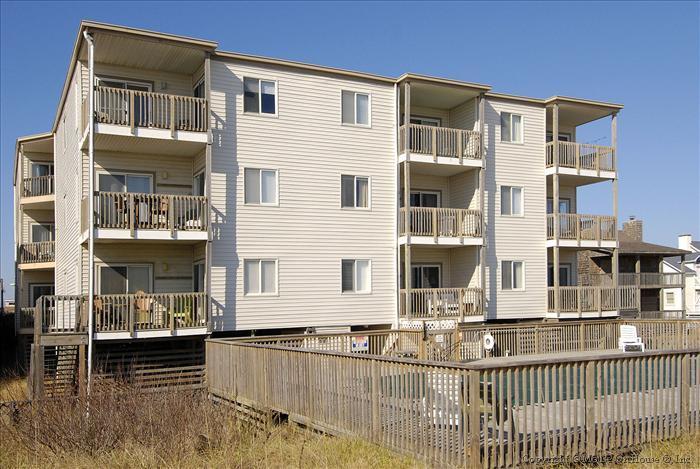 Sea Oats Villas Unit 4A - Image 1 - Kill Devil Hills - rentals