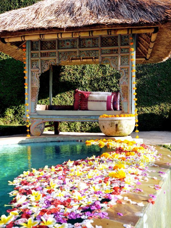 flower pool detail - YOUR FIVE STAR LUXURY BALI VILLA - PRIME LOCATION - Seminyak - rentals