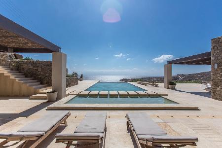 Modern retreat Honde with superb sea views, sleek infinity pool, near beach - Image 1 - Mykonos - rentals