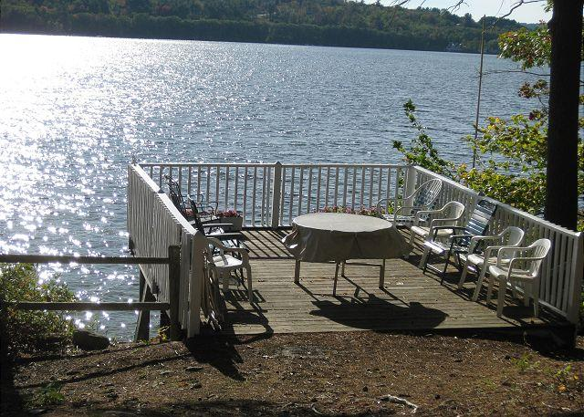 Deck - Great LOCATION on Lake Winnipesaukee Sleeps 15 (JOH14W) - Meredith - rentals