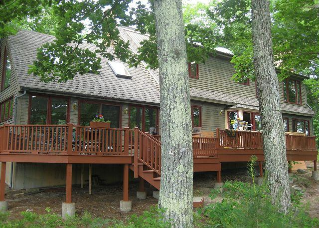 Exterior - Peace awaits you on Wakondah Pond (SUL406Wfma) - Moultonborough - rentals