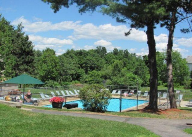 Pool - Convenient Weirs Beach Access Great for Bike Week, Sleeps 6 (AMA1023Bf) - Laconia - rentals