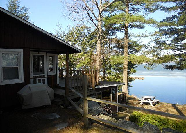 Ext - Waterfront Vacation Cottage in Weirs Beach on Lake Winnipesaukee (SHE9Bf) - Laconia - rentals