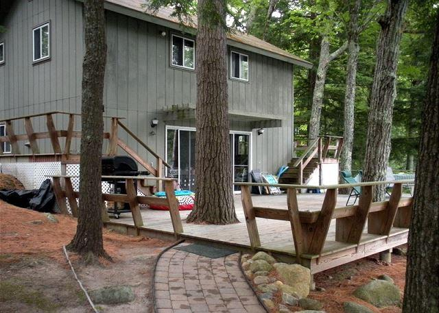 Lake Winnipesaukee Waterfront Vacation Rental on Black Cat Island (POU178Wf) - Image 1 - Moultonborough - rentals