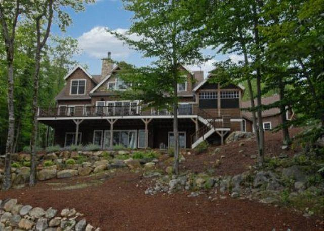 Manicured Landscaping with paths around the property - South Winds on Lake Winnipesaukee (HAR27WaF) - Moultonborough - rentals
