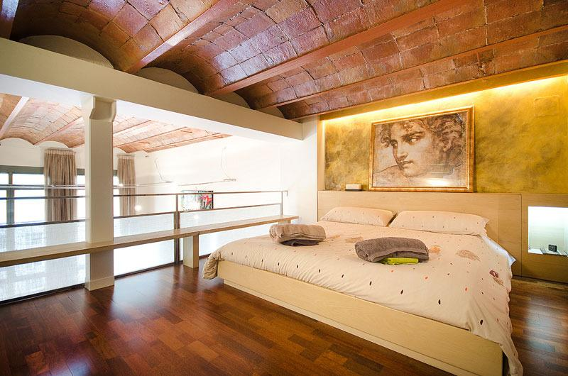 Master doble suite attic floor - Luxury Duplex appart. in city heart center - Barcelona - rentals