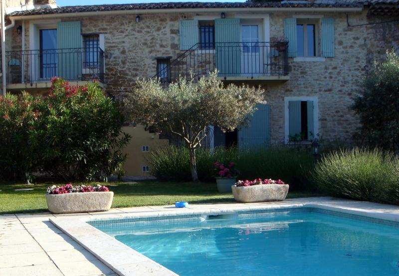 apartment on first floor, viewed from the private pool area - Les Cerisiers - Carpentras - rentals