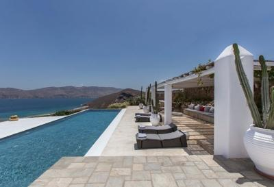 Lovely 6 Bedroom Villa in Panormos - Image 1 - Panormos - rentals