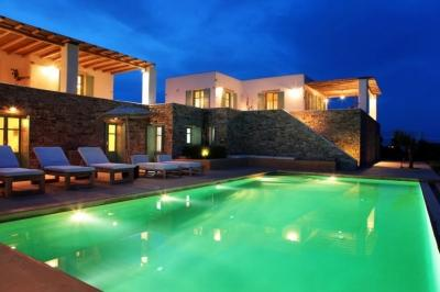 Fabulous 7 Bedroom Villa in Magganies - Image 1 - Agios Georgios - rentals
