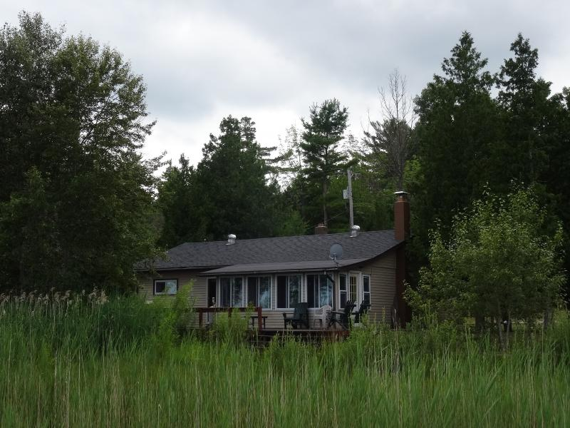 Pretty Lake Cottage Harrisville - Beachfront on Lake Huron - Pretty Lake Cottage - Harrisville - rentals