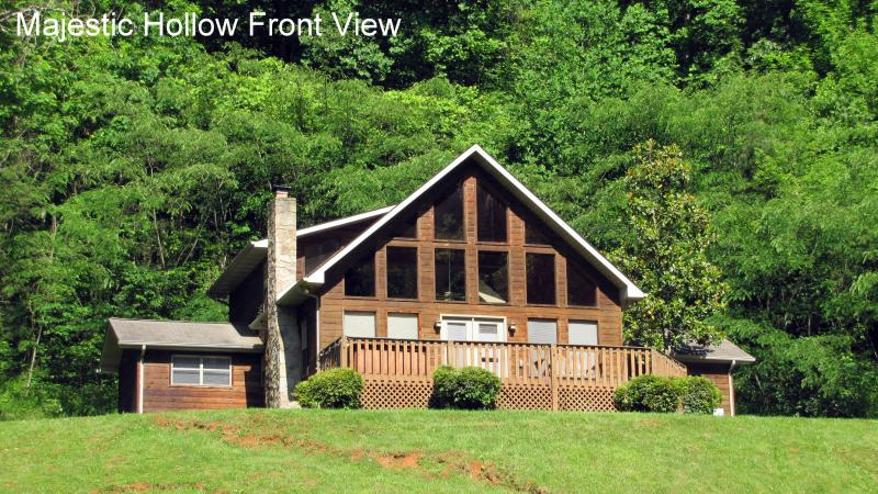 Majestic Hollow - Exterior on huge private lot - 4 bdrm secluded -  Majestic Hollow - Townsend - rentals