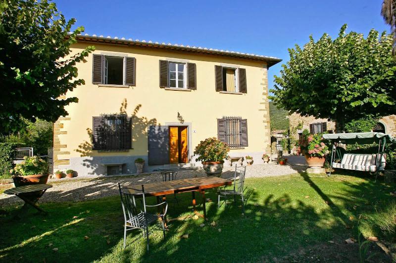 6 bedroom Villa in Greve in Chianti, Chianti, Tuscany, Italy : ref 2293925 - Image 1 - Greve in Chianti - rentals